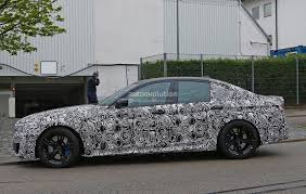 2018 bmw f90 m5 tries to find some grip on the nurburgring