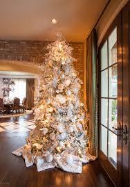 tappeti natalizi addobbare albero di natale dalle al puntale
