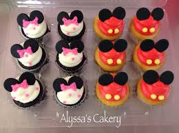 minnie mouse cupcakes mickey and minnie mouse mini cupcakes alyssa s cakery
