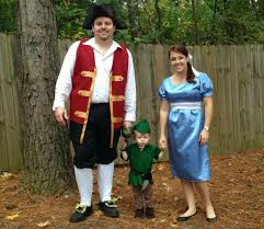 family of 5 halloween costume ideas live a little wilder a peter pan halloween