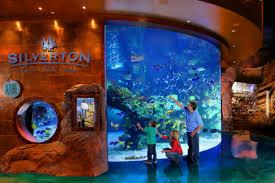 aquarium las vegas mermaids silverton casino