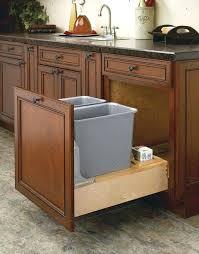 meuble cache poubelle cuisine meuble poubelle cuisine cacher poubelle meuble acvier amazon