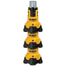 dewalt 20v area light dewalt dcl070t1 20v max flexvolt bluetooth led area light kit vip