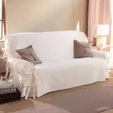 housse canapé blanc astuce home staging pensez aux housses de canapé so we