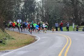 hound bandits half marathon in alabama runner u0027s world
