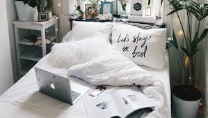 How To Make The Bed Seven Tips To Make The Best Out Of Your Small Bedroom