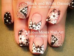 black and white toe nail designs