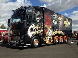 volvo 18 wheeler trucks pin by edwin conrad on eurotruck airbrush 1 pinterest volvo