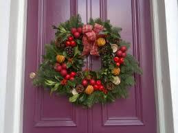Christmas Floral Table Decorations Uk christmas door wreaths christmas flower arrangements table centres