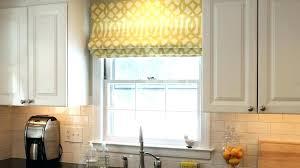 rideau pour meuble de cuisine volet roulant pour placard cuisine rideau pour placard cuisine