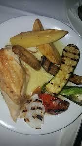 bon plat a cuisiner c est un plat cuisiné par le chef simple et très bon poulet tendre