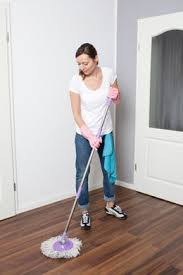how to clean laminate flooring properly best 25 laminate floor cleaning ideas on pinterest diy laminate