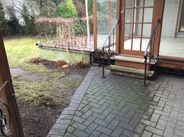 yard cleanup services in victoria bc saanich sidney oak bay