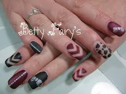 dessin sur ongle en gel deco ongle noir et or u2013 obasinc com