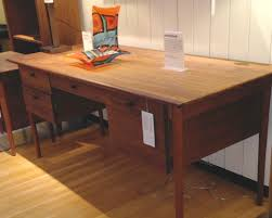 Crate And Barrel Desk by A Stroll Through Crate And Barrel What U0027s Made In America The