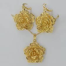 gold flower pendant necklace images 55 flower necklace pendant pansy red flower pendant necklace jpg