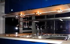 cr ence en miroir pour cuisine photos de crédences cuisine idées décoration et installations clients