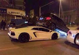 lamborghini aventador crashes lamborghini aventador crashes into rear of mercedes glk