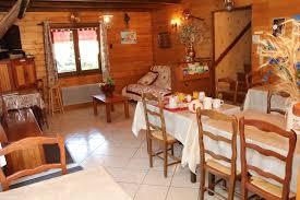 chambres et table d hôte location chalet ancelle hautes alpes