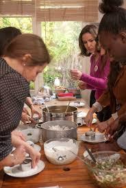cours de cuisine evjf evjf cours de cuisine chez guestcooking guestcooking cours de cuisine