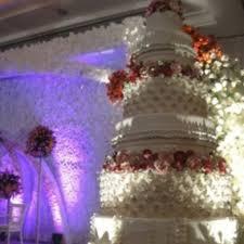 wedding cake bandung restaurant photo of kopaka cake located at jl bihbul raya no 101