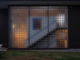 download 1600x1200 batman epic glass wall wallpaper for loversiq