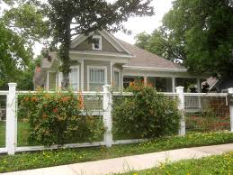 Landscape Ideas For Front Of House by White Painted Fence Posts With Hardware Cloth U0026 Plants Yard Fence