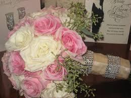 konabarbie wedding flowers and flip flops