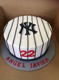 new york yankees cakes my cakes pinterest yankee cake new york yankees cakes