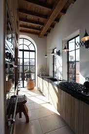 comment am駭ager une cuisine en longueur comment aménager une cuisine en longueur