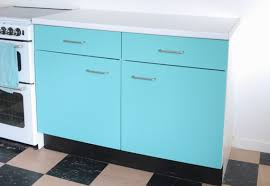 what of paint do you use on melamine cabinets diy how to spray paint melamine kitchen cabinets
