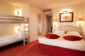 chambre disneyland hôtel disneyland 2 établissements à partir de 76