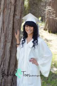 caps and gowns for high school graduation outdoor cap and gown high school senior photos in baton