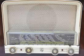 Mobilier Vintage Bordeaux 1940s Vintage Radio