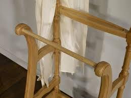 meuble valet de chambre valet de nuit en chêne de style louis philippe meuble en chêne