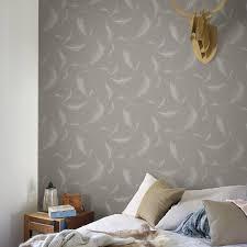 papier peint intissé chambre adulte papier peint vinyle sur intissé lucia plume marron leroy merlin