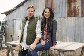 hgtv home makeover tv show news videos full episodes the gate debate fixer upper couple being sued for 1 million in