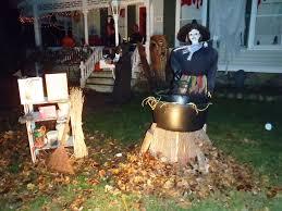 Elegant Outdoor Halloween Decorations by Halloween Decorating Ideas In Outdoor Halloween House Decorating