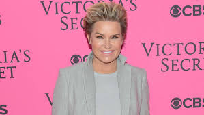 yolanda foster s hair style we re convinced yolanda foster is part of the illuminati thanks to