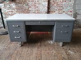 my desk has no drawers blog tree leaf
