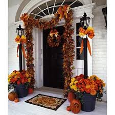 Fall Decorations For Outside The Home Best 25 Halloween Front Porches Ideas On Pinterest Halloween