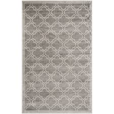 Light Gray Area Rug Amazon Com Safavieh Amherst Collection Amt412c Grey And Light
