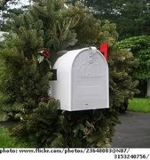 Christmas Mailbox Decoration Ideas Mailbox Decorated To Receive Christmas Wishes Christmas Mail