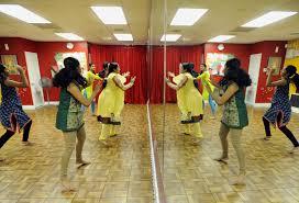 colorful dances grab attention as u0027bollywood oscars u0027 approach