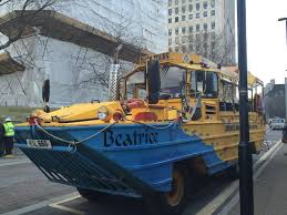 amphibious vehicle duck duck tours alternative sightseeing with kids life at the zoo
