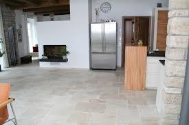 Moderne Wohnzimmer Fliesen Funvit Com Tapeten Für Dachschrägen