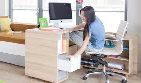 bureaux ado destockage bureau enfant et ado en bois sur roulettes evolve
