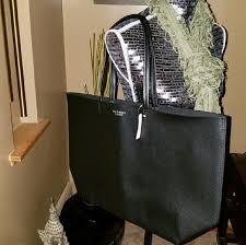 luggage sale black friday 80 off pink victoria u0027s secret handbags flash sale victoria