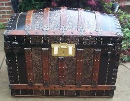 Washington Travel Trunks images Photographic examples antique steamer trunks antique trunks jpg