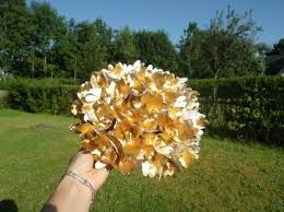 centre de table mariage fait maison tutoriel pour bouquet rond en fleur de papier crépon